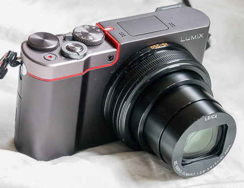 Panasonic ZS100 pocket 10x zoom bests Sony RX100 I,II,III,IV
